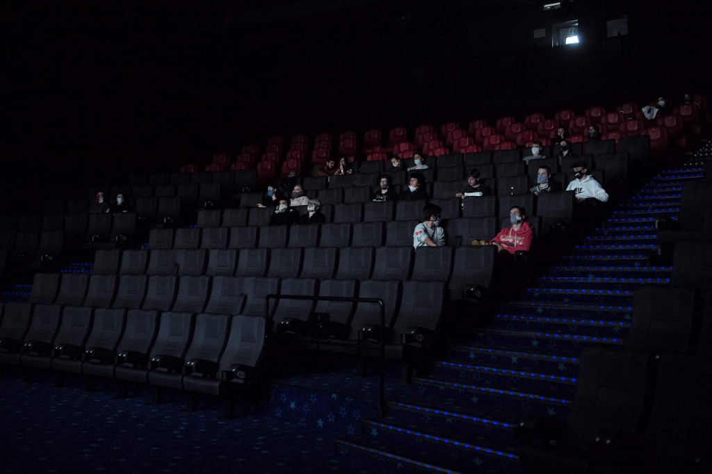 Safety screening: Czech cinemas open with new virus rules in place