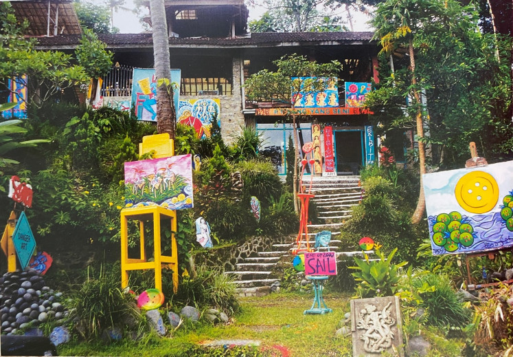 Burst of colors: His original studio in Ubud, Bali reflected Symon's creations that are practical as well as fun.