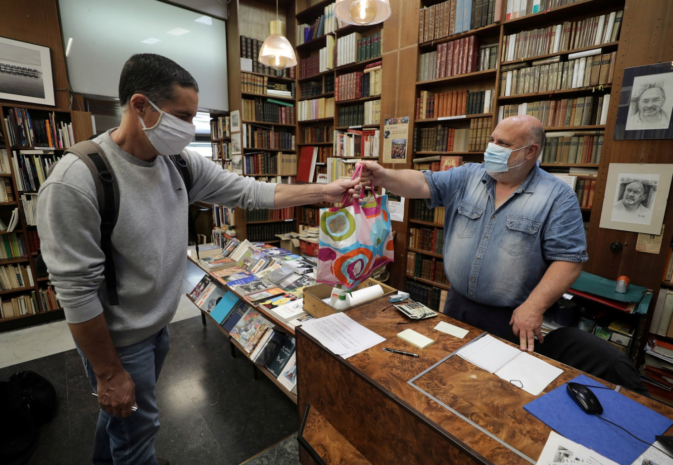 France's bookstores fight for survival after coronavirus lockdown