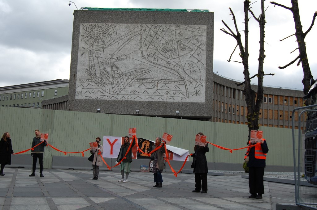 Last-ditch bid to save Oslo building with Picasso murals