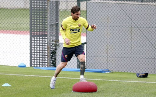 Messi prefers not to over-think risk of infection as La Liga return looms