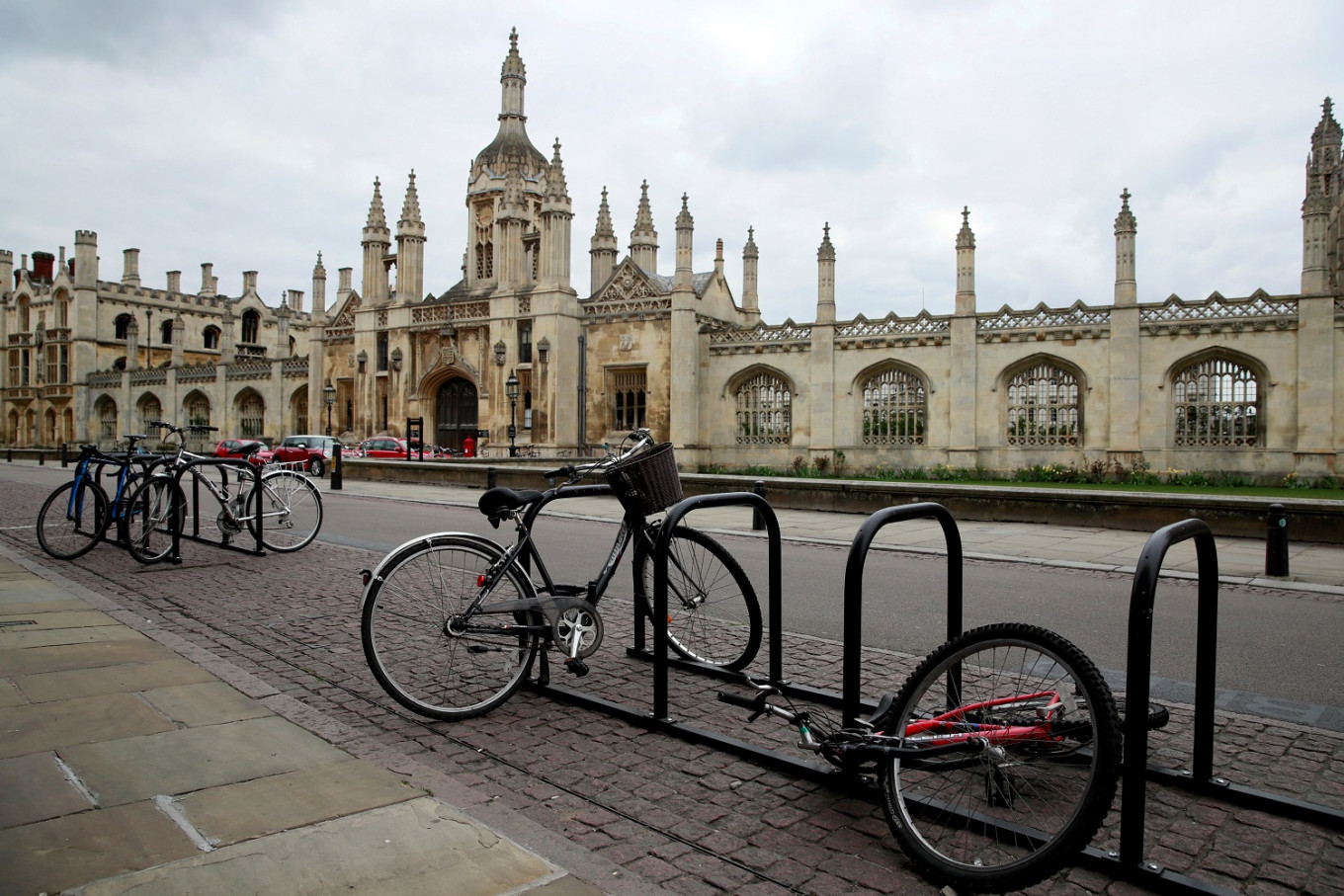 UK's Cambridge University cancels face-to-face lectures until summer 2021