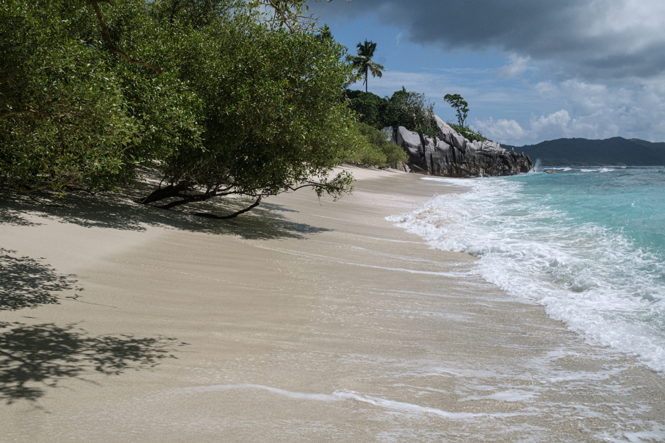 Seychelles considers admitting Israelis in initial tourism restart