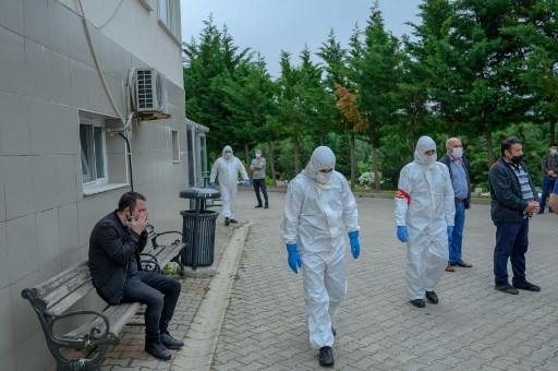 'It has even changed death': Virus disrupts burials in Turkey
