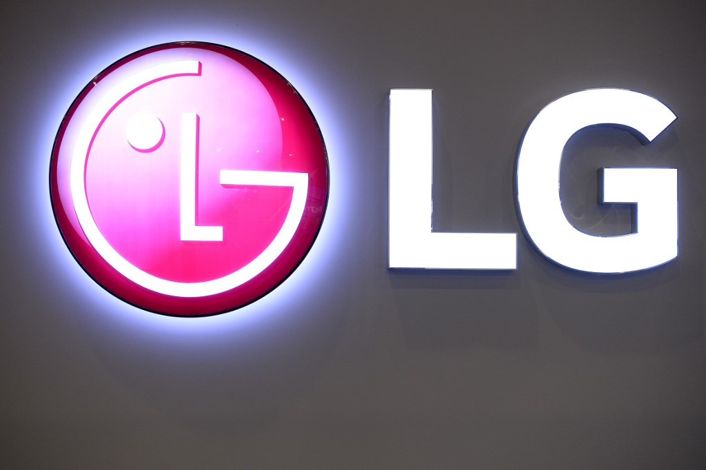 LG under fire for inappropriate video clip