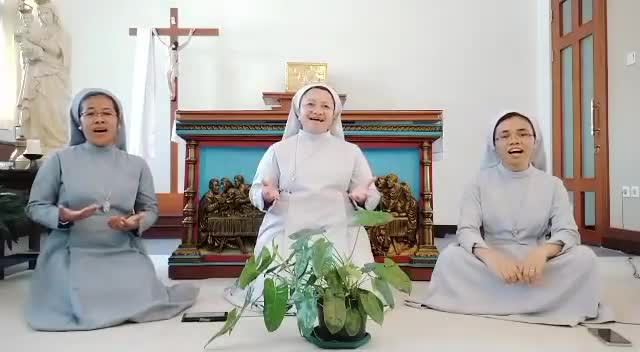 Trio of Catholic nuns singing Idul Fitri song warms hearts, goes viral