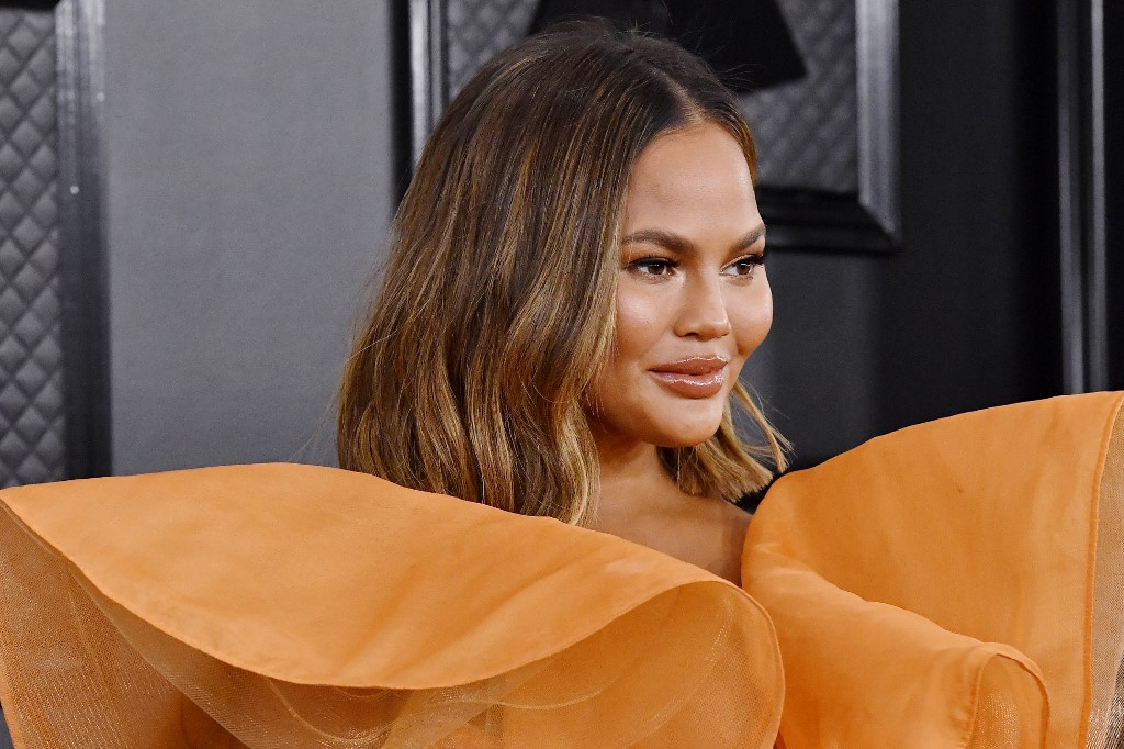 Chrissy Teigen to remove breast implants: 'I'm just over it'