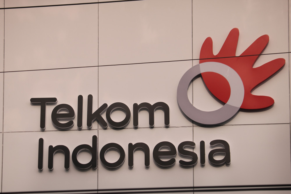 Telkom looks to capitalize on data, towers as legacy business dwindles
