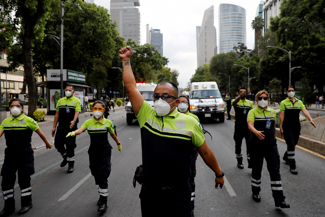 Mexico tops 10,000 COVID-19 deaths: Government
