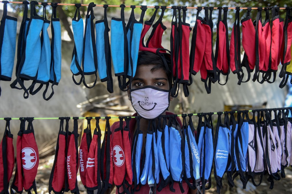 World Health Organization advises people to wear face masks in public