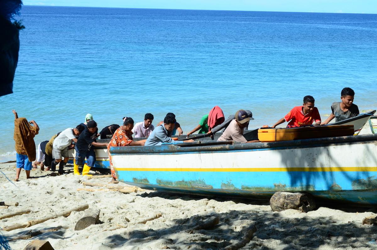 Maluku handline fishermen prove sustainable fishing can be profitable