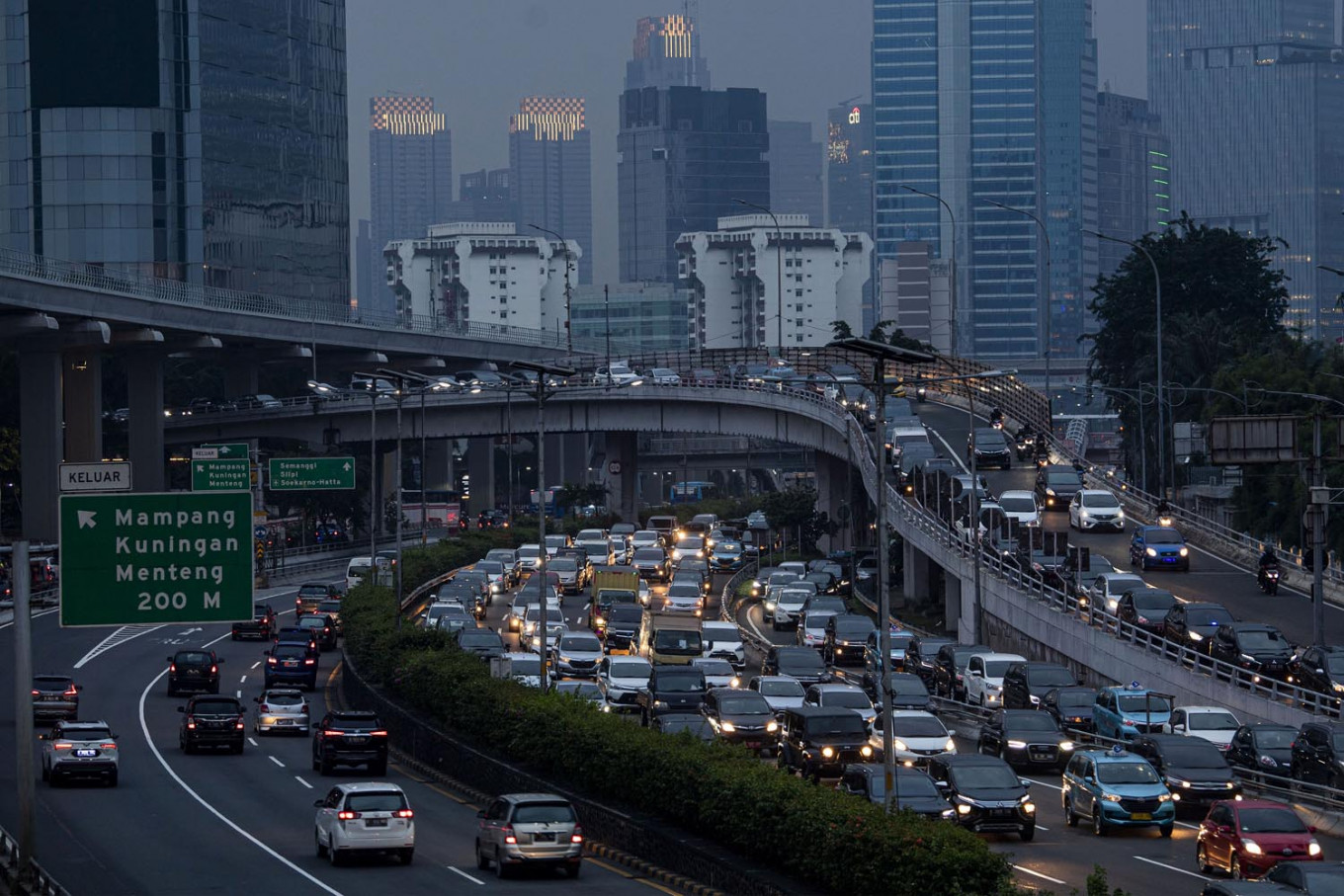 Satellite cities undecided about following Jakarta with strict virus curbs
