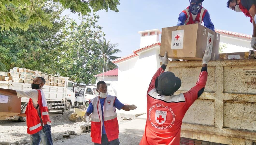 Indonesian Red Cross sends COVID-19 mitigation supplies to Timor Leste