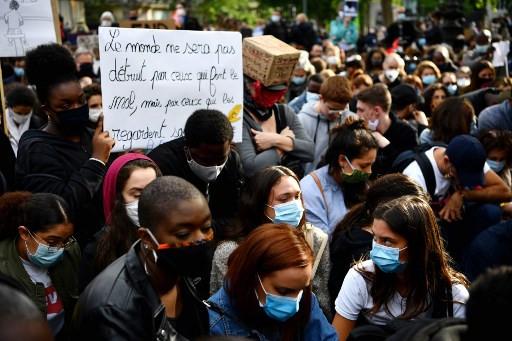PM says France 'not racist' as Floyd tribute held in Paris