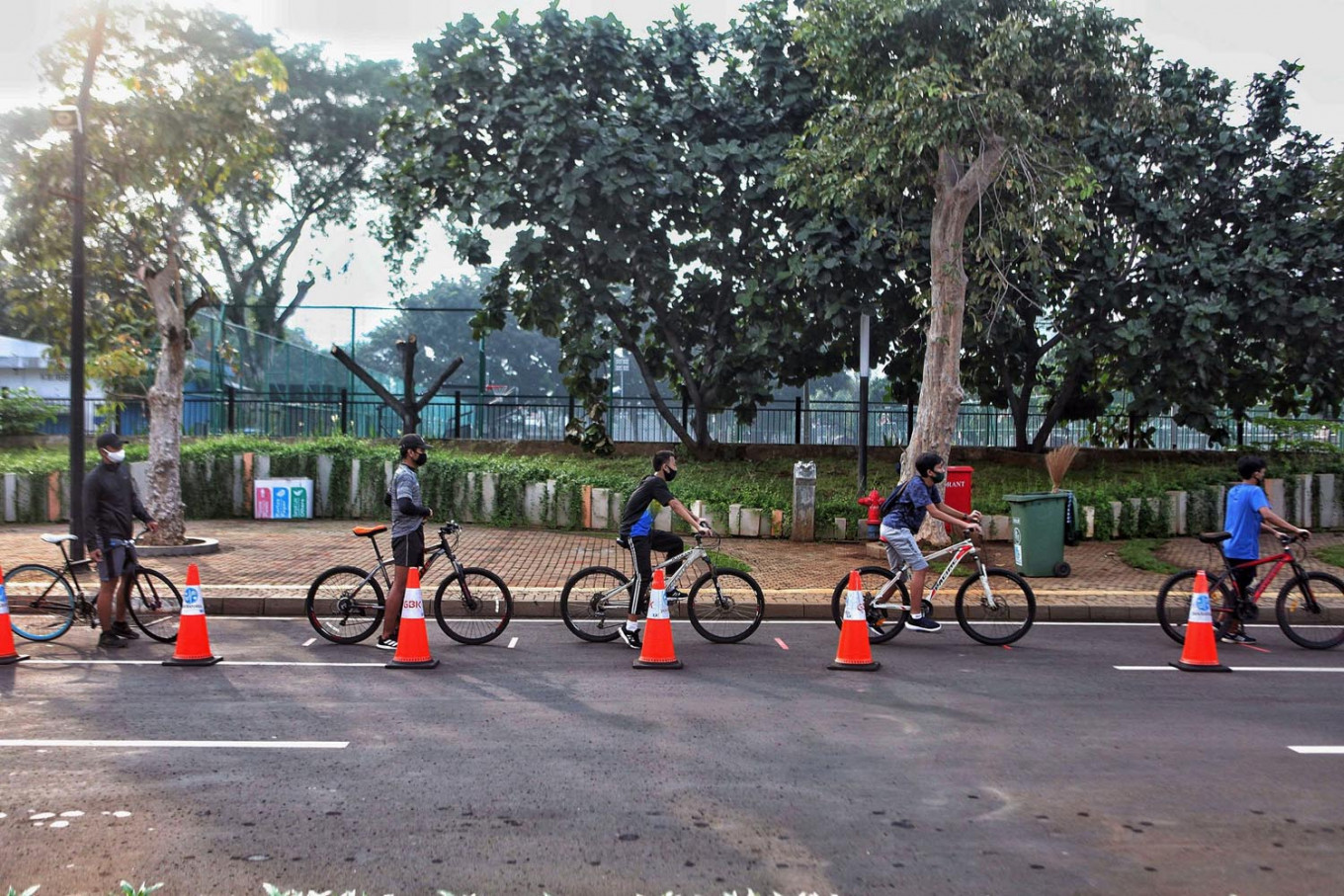 Jakartans turn to bicycles to commute in 'new normal'