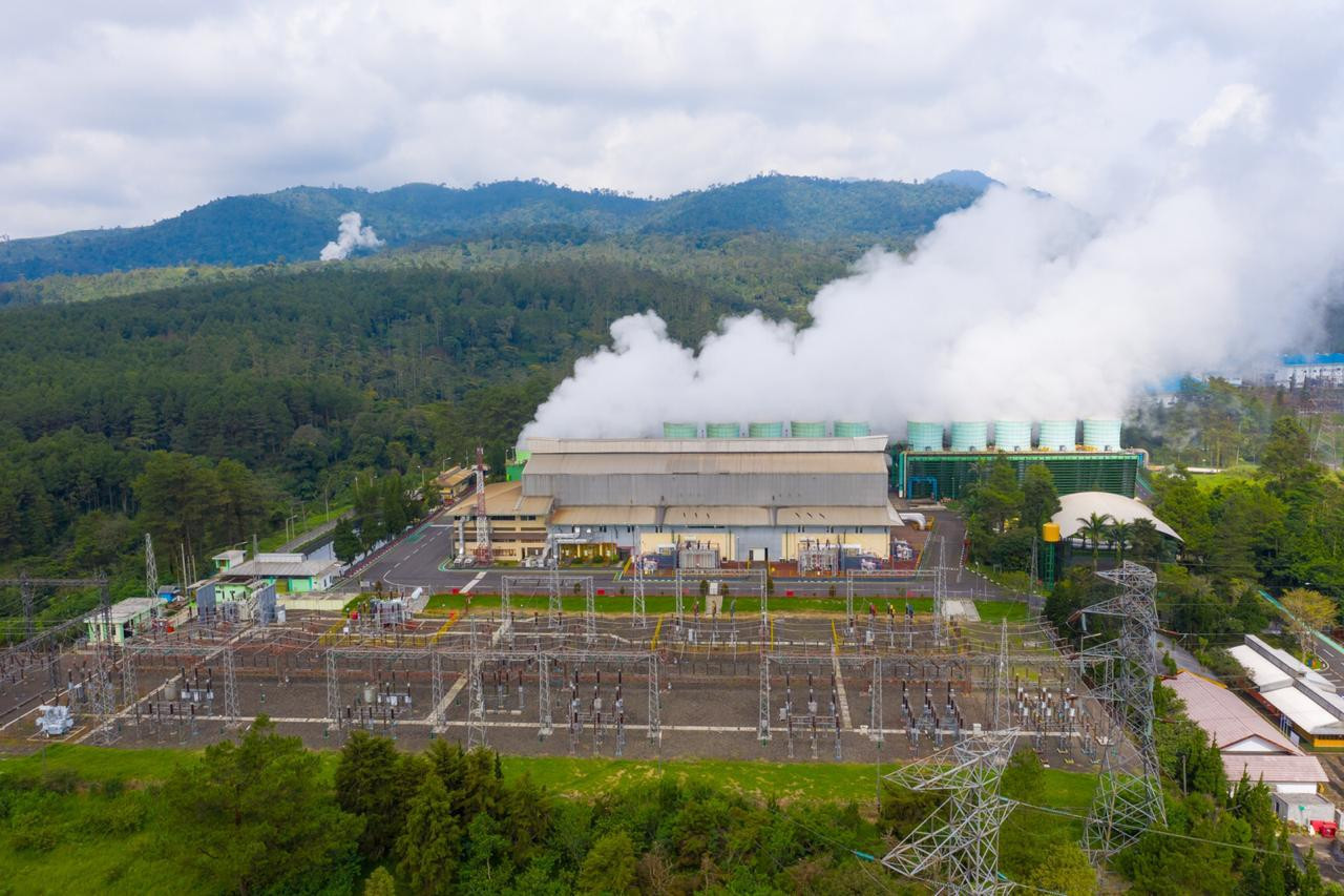 Geologic time: Indonesia's geothermal dreams deferred for 5 years