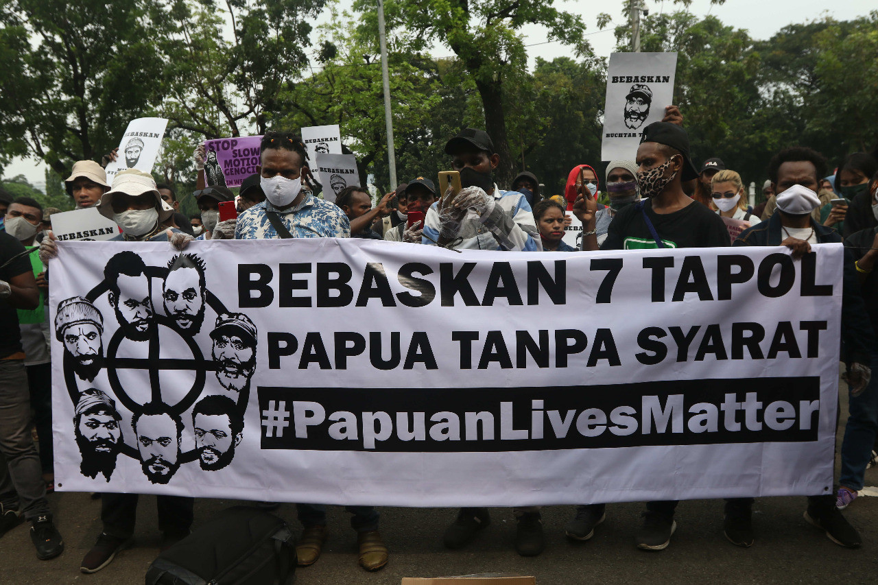 Protests demanding release of seven Papuan activists continue as verdict trials near