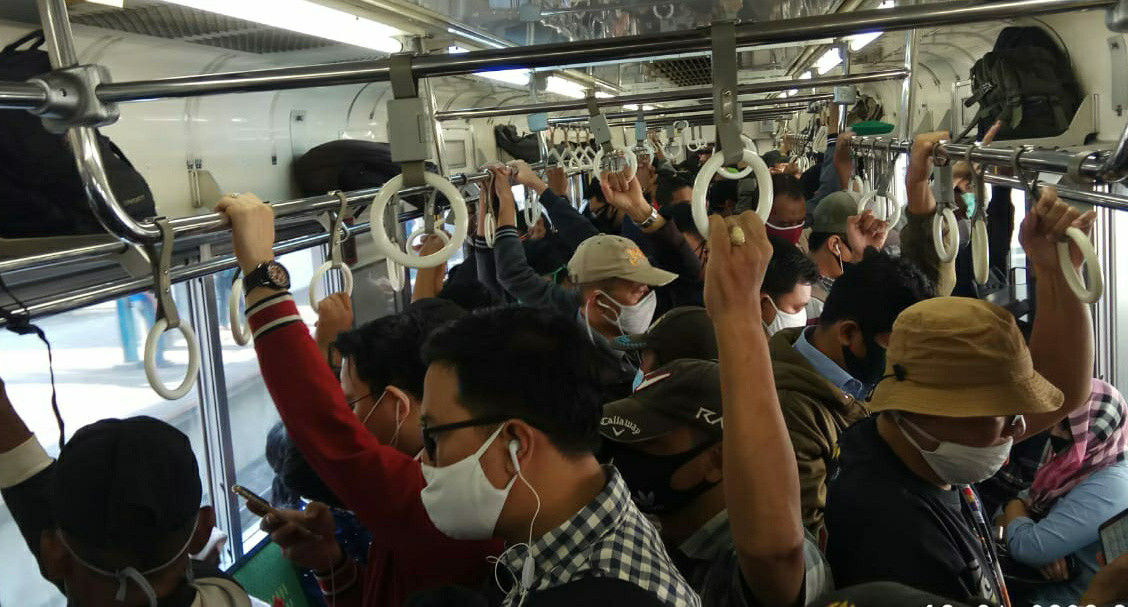 Commuter line sees surge in passengers as 'new normal' begins