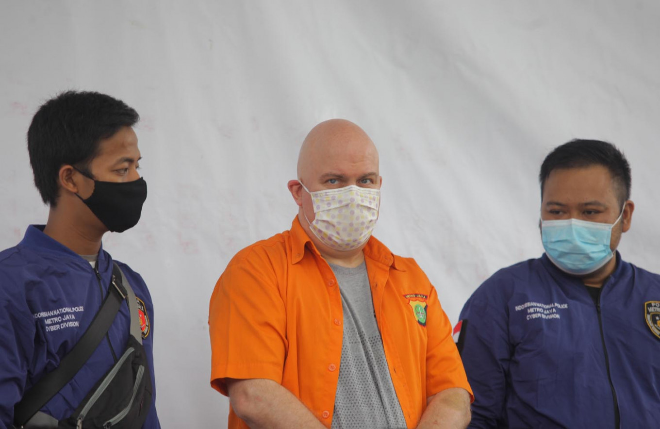 American wanted by FBI arrested in Indonesia for suspected child sex crimes