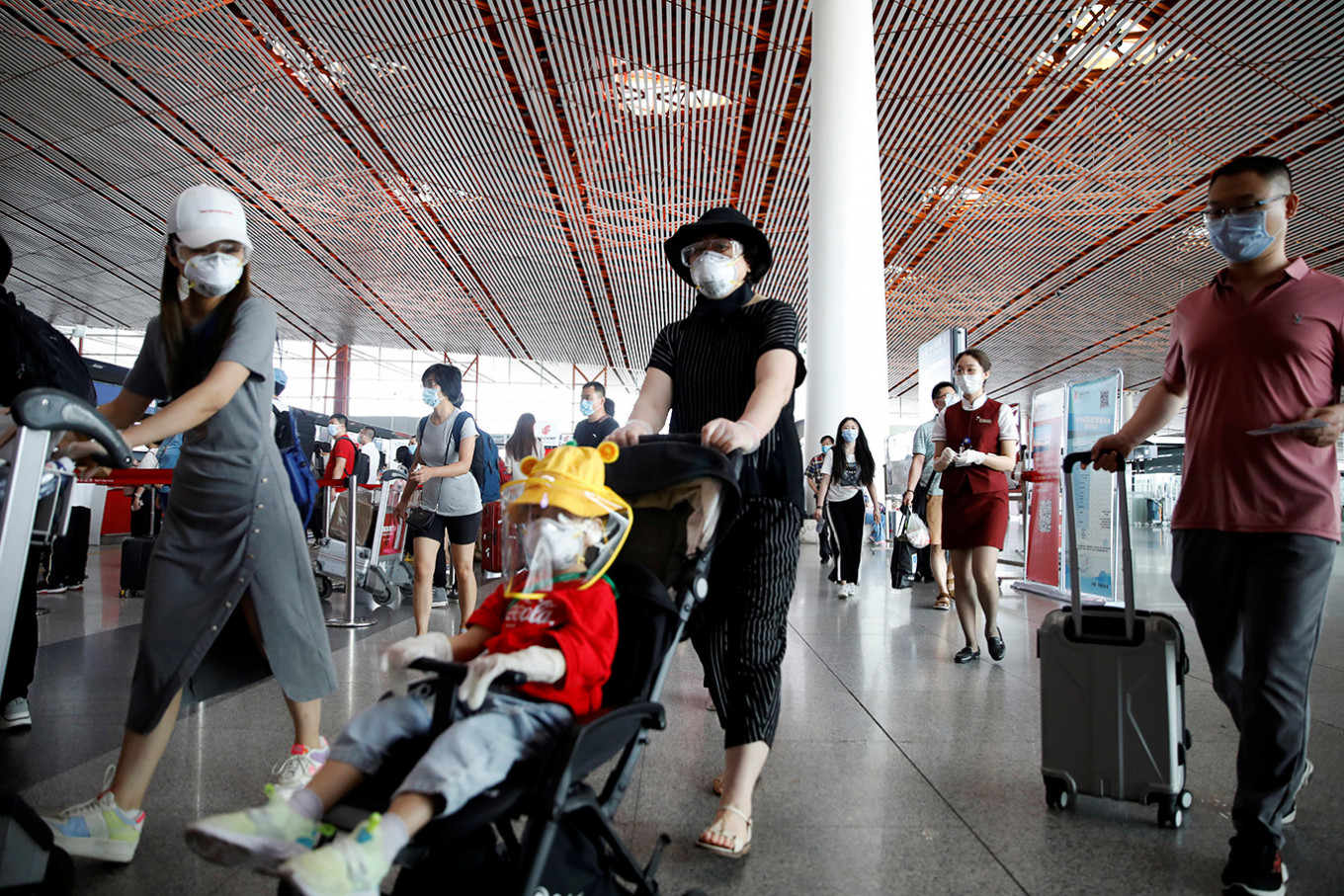 What is China doing to stop Beijing's new coronavirus outbreak?