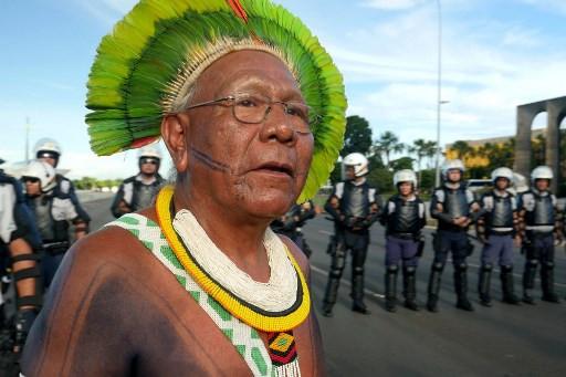 Iconic Amazon indigenous chief Paiakan dies of virus