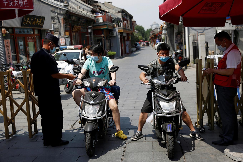 Beijing's coronavirus outbreak under control, Chinese expert says