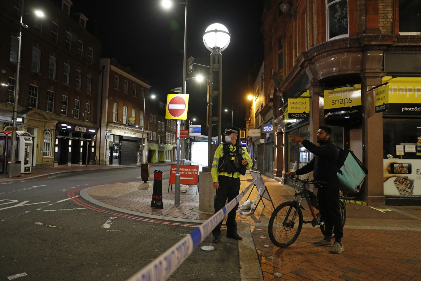 Britain mourns victims of terrorism-linked stabbing that killed three