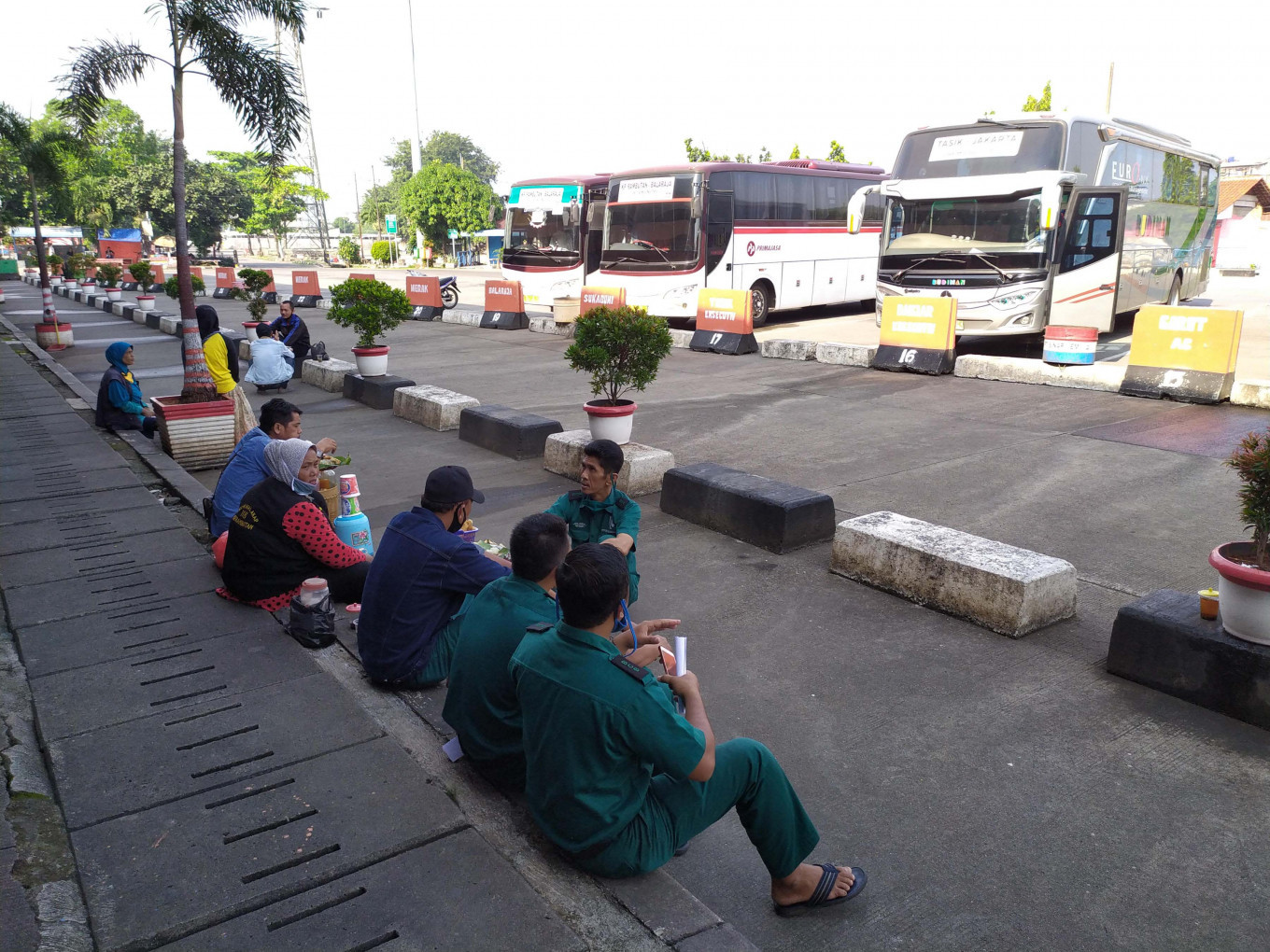 Jakarta replaces entry and exit permit with app-based monitoring system to contain COVID-19