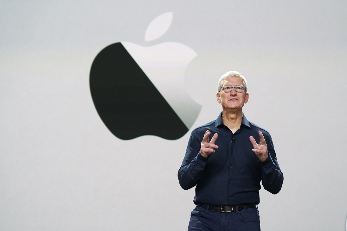 Self-driving cars ideal match for Apple: Tim Cook