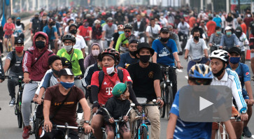 Jakarta's Car Free Day suspended following crowded revival