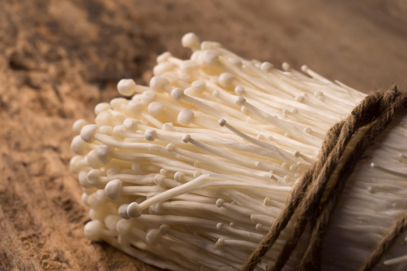 Indonesia orders destruction of imported enoki mushrooms over listeriosis fears