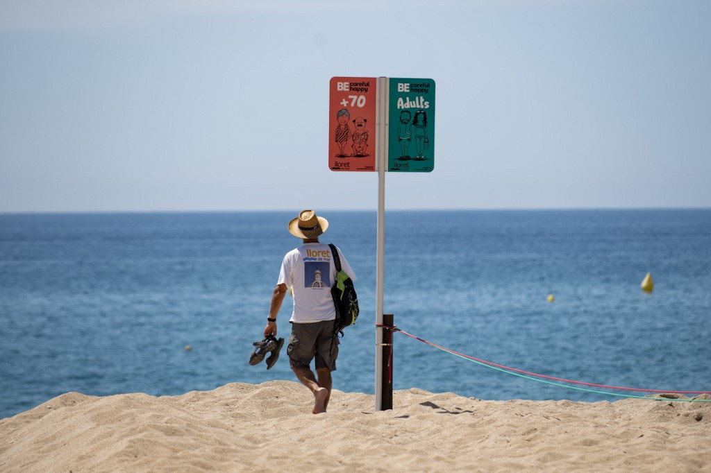Drones and CCTV: Surveillance for safety on the sand in Spain