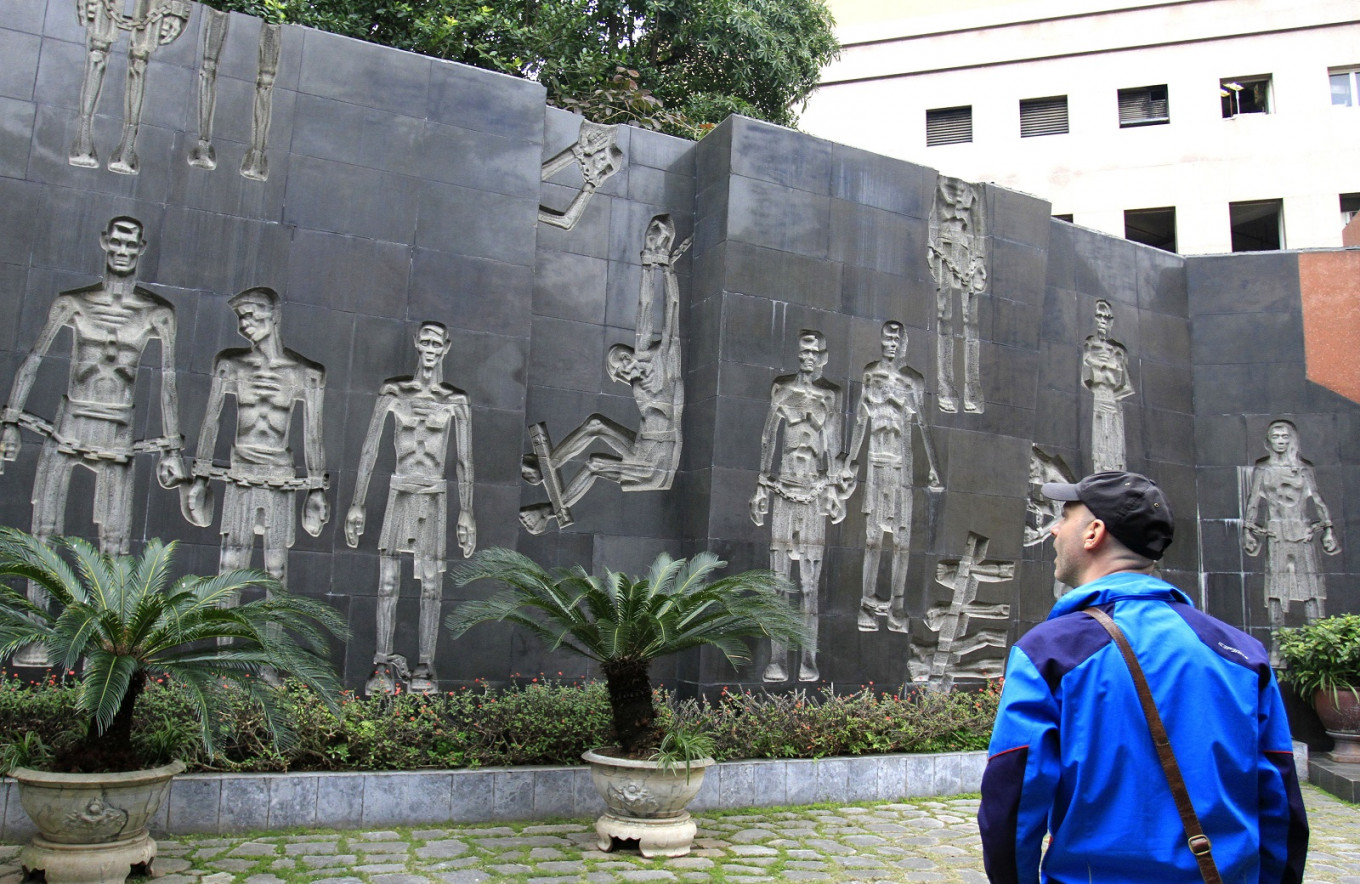 'Night at Hoa Lo Prison' tour to be launched in Hanoi