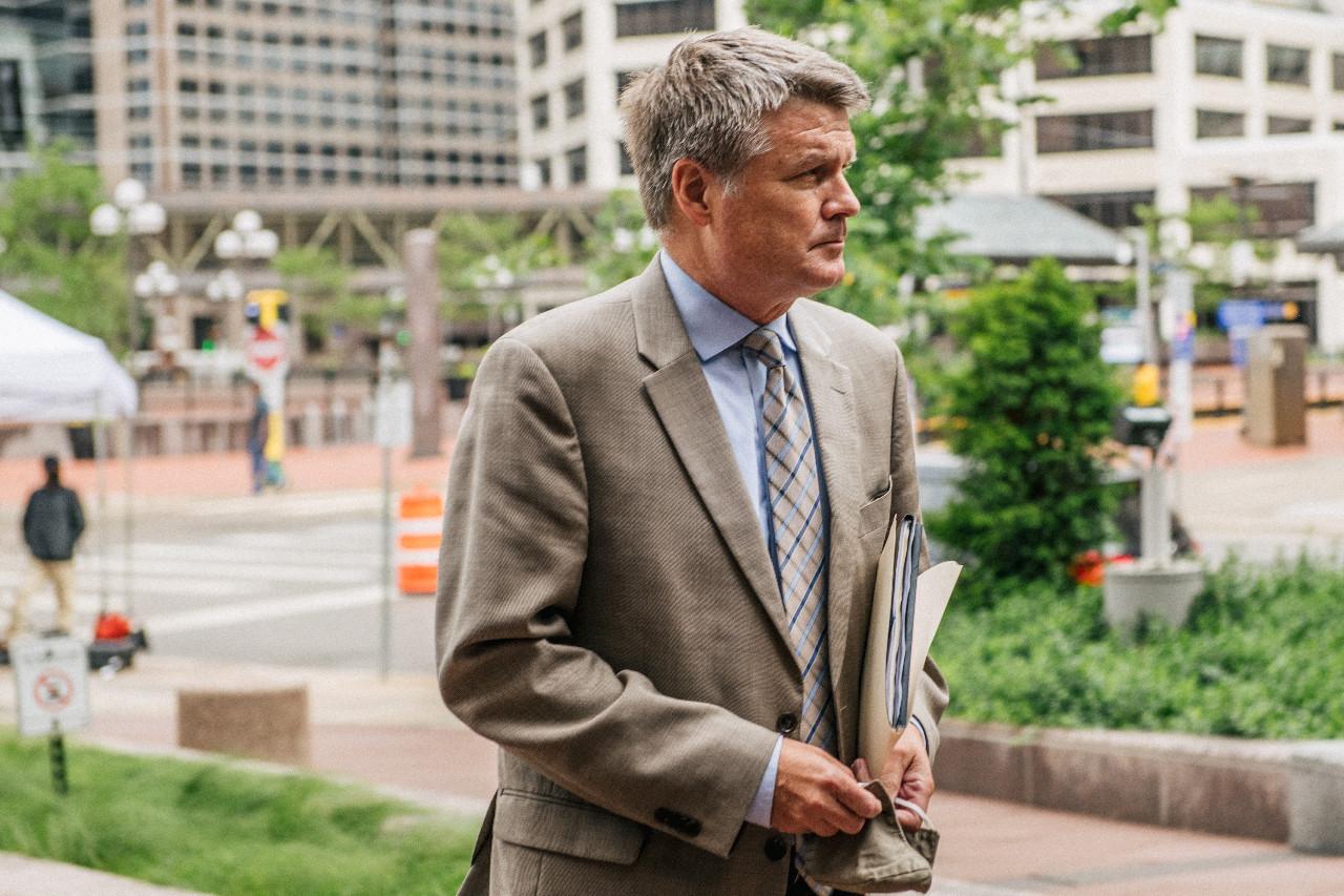 US judge sets George Floyd murder trial for next year