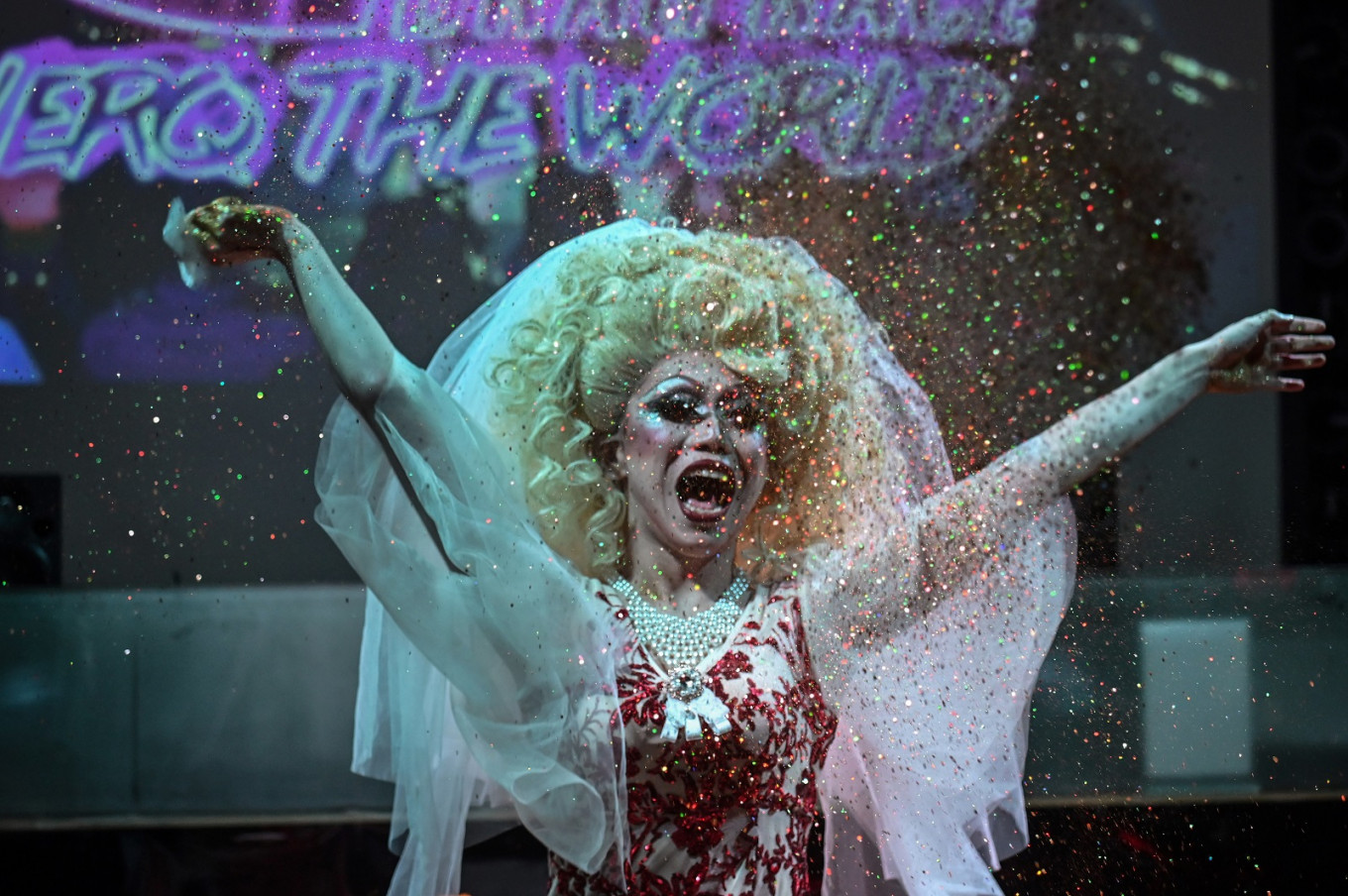 China's drag queens no longer content to wait in the wings