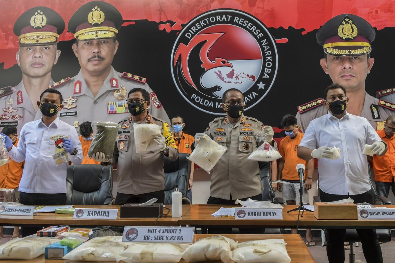 Police nab 'drug syndicate' members selling marijuana vapes