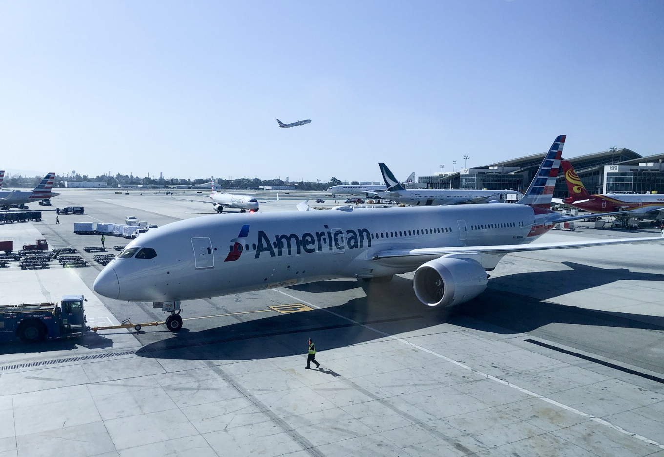 EPA to OK American Airlines use of surface coating to fight COVID-19