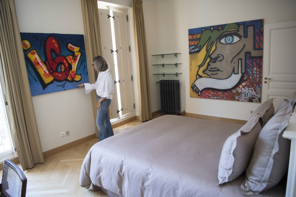 New York graffiti artists showcased in French chateau