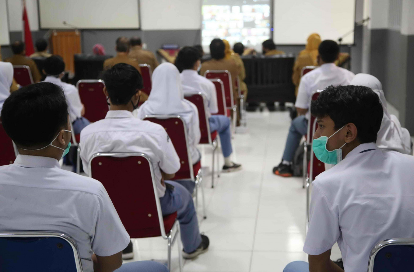 Indonesia starts school year with caution during pandemic
