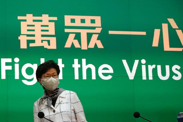 Hong Kong leader returns Cambridge fellowship over rights row