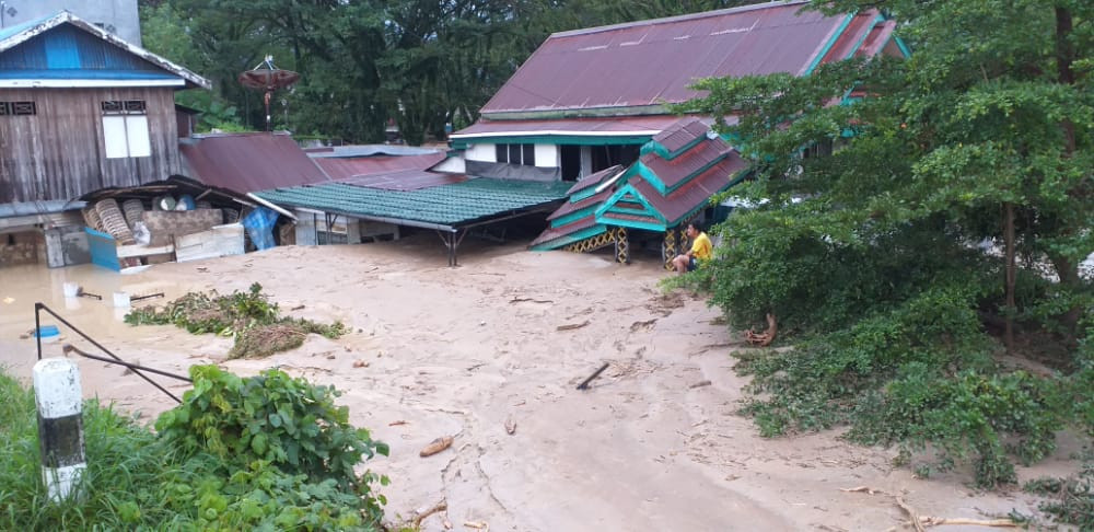 South Sulawesi flood kills at least 38 people, dozens reportedly missing