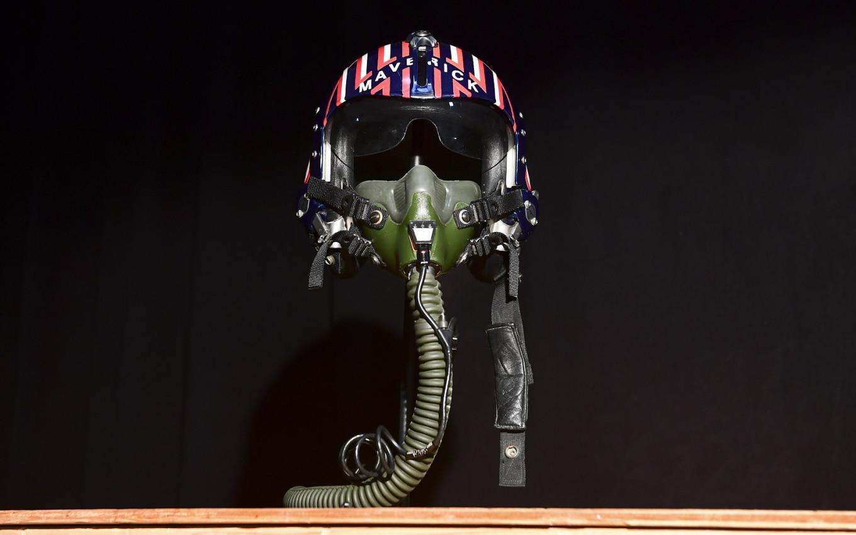 'Top Gun' helmet and 'Alien' spaceship in Hollywood props auction
