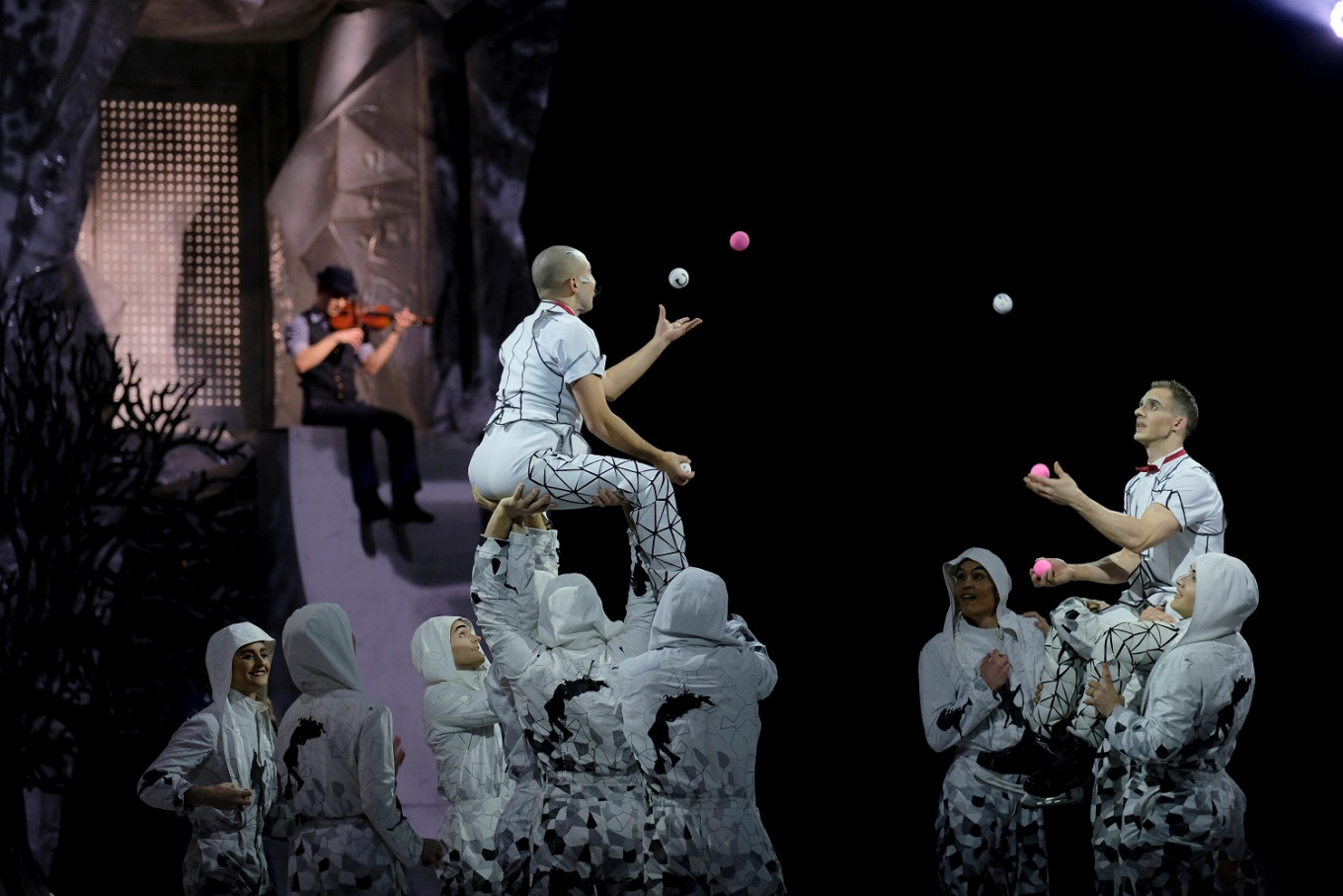 Floored by COVID-19, Cirque du Soleil eyes return to the high-wire