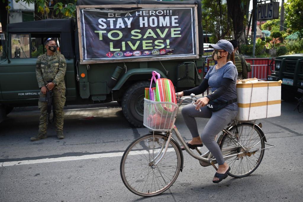 Enforce quarantine to crush pandemic, says WHO