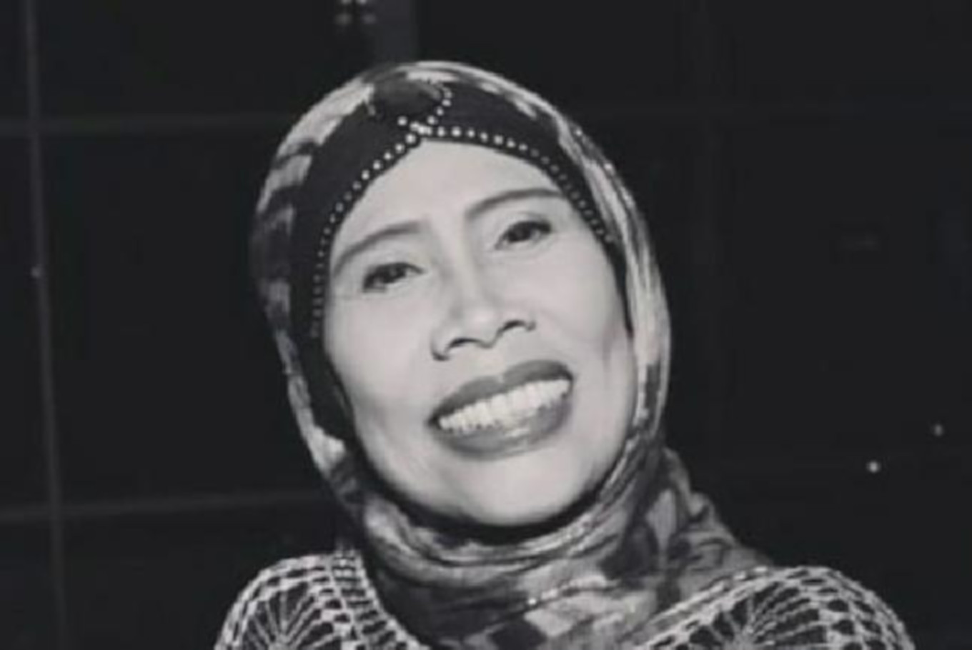 Renowned Betawi comedienne Omas passes away at 54