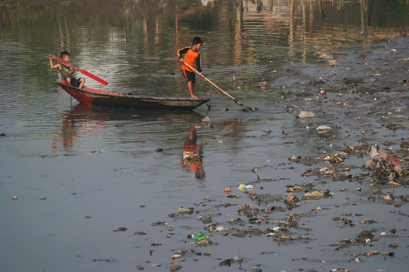 Indonesian students win award for plan to clean up Citarum River