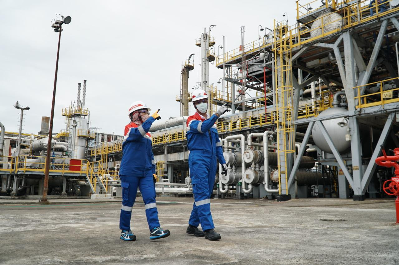 Pertamina pilots palm oil-based 'green diesel' production