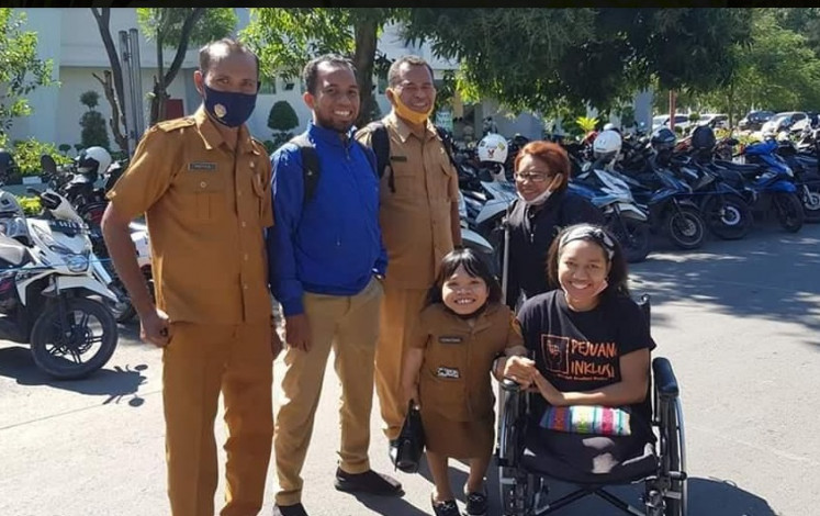 Disabled student made special advisor to East Nusa Tenggara governor