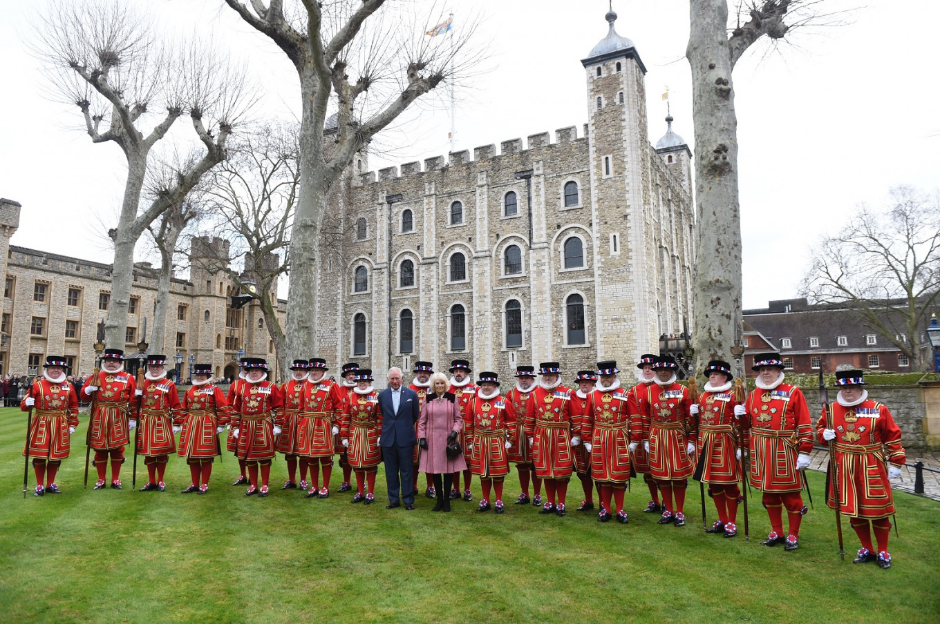 'Beefeaters' facing layoffs as coronavirus hits tourism