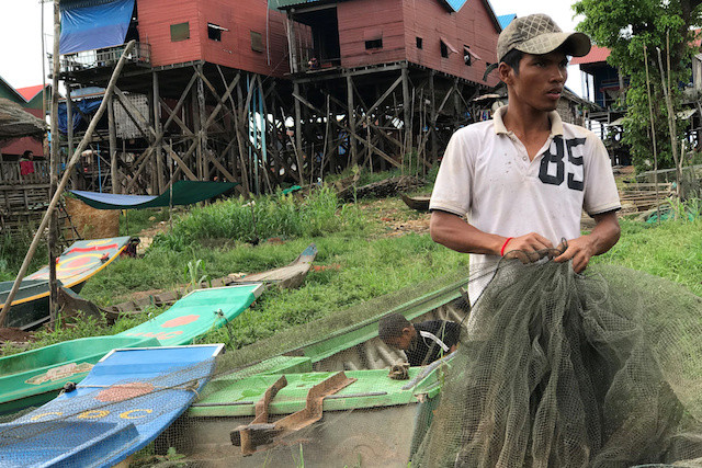 Fishermen without fish as Cambodia's river reversal runs late